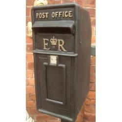 Cast Iron Replica Royal Mail ER Black Post Box